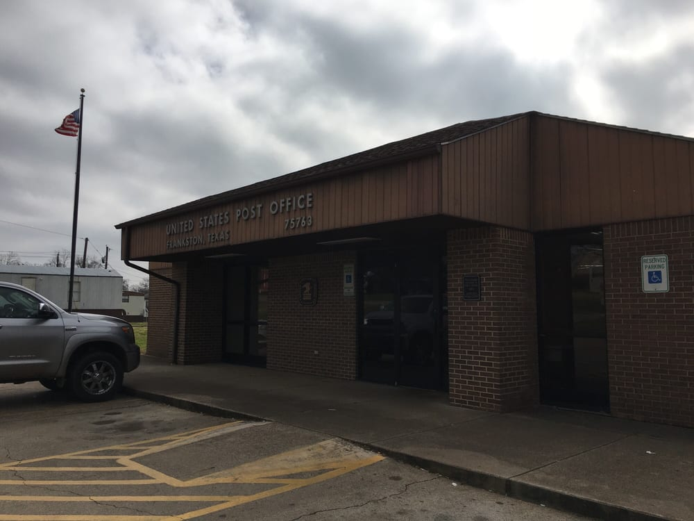 Photo of US Post Office: Frankston, TX
