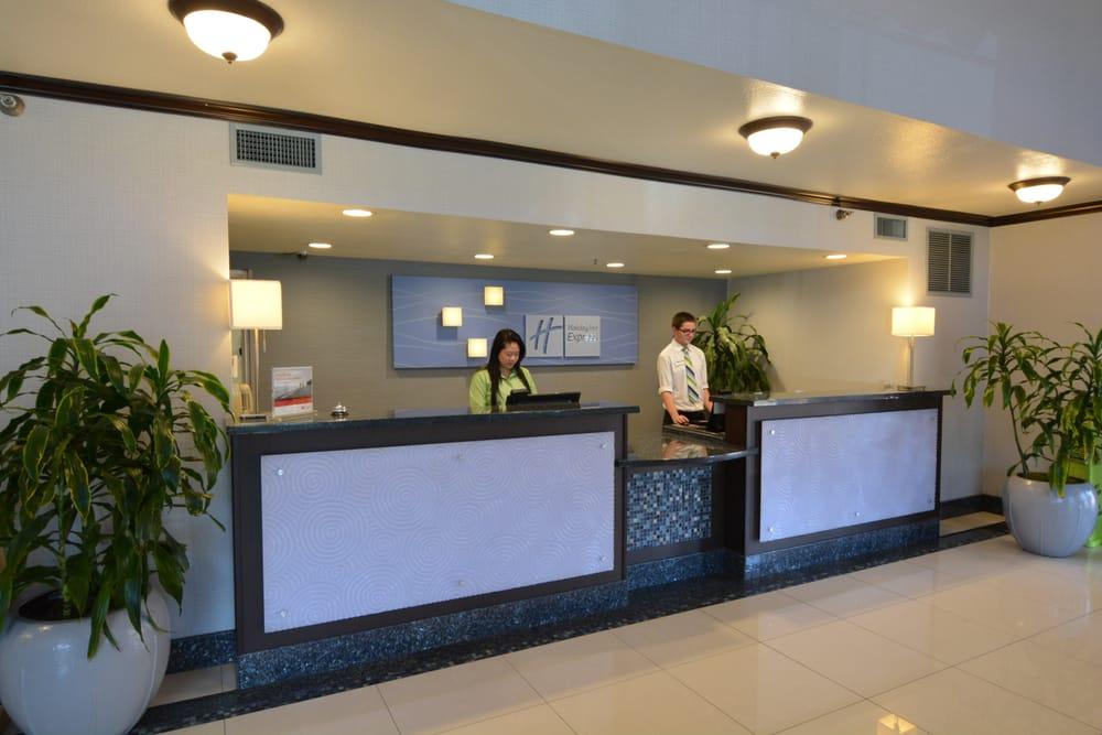 Photos For Holiday Inn Express San Diego Sea World Area Yelp