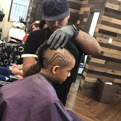 Untouchable Cutz Barbershop - (New) 23 Photos & 11 Reviews - Barbers