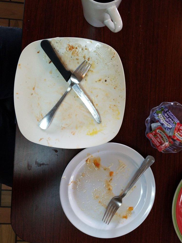 Checo's Mexican Restaurant: 1180 S 1st St, Othello, WA