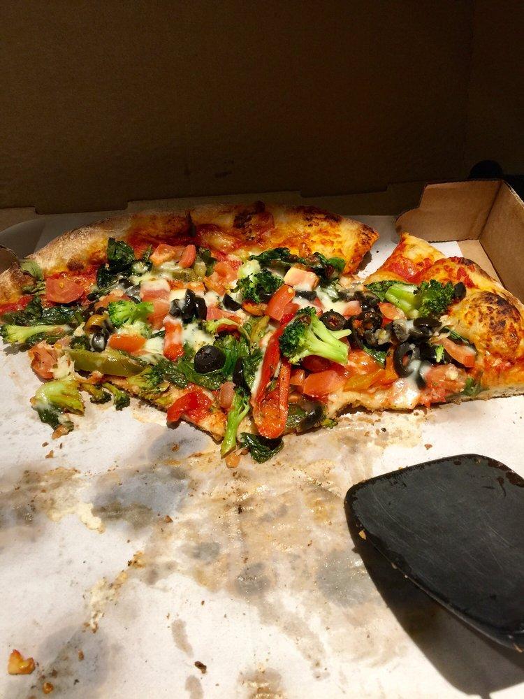 Irvington Pizza Company: 106 Main St, Irvington, NY