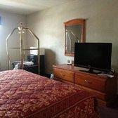 Bays Inn Suites Photos Hotels Decker Dr Baytown - Bays inn baytown