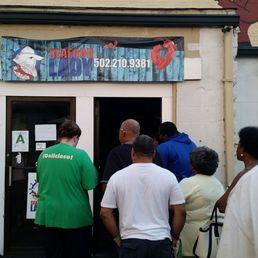 Seafood lady 284 photos 170 reviews cajun creole for Fish restaurants louisville ky