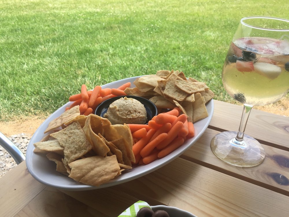 Fion Wine Room: 7486 Ohio Sr 117, Huntsville, OH