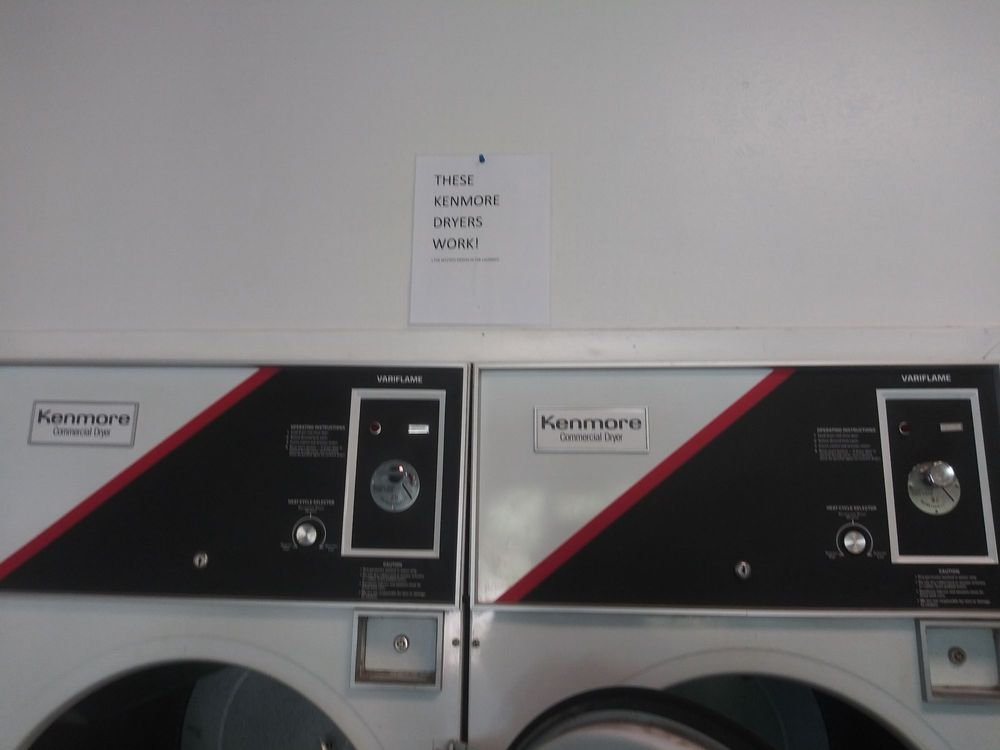 Capitan Coin Operated Laundry: 202 Smokey Bear Blvd, Capitan, NM