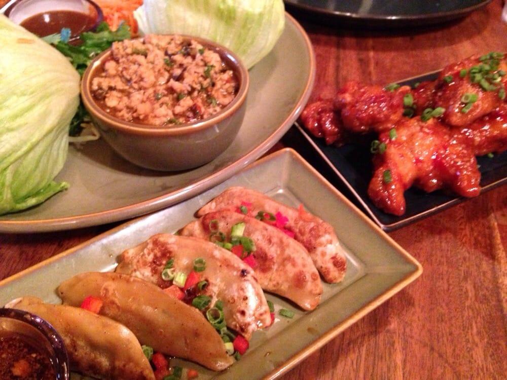 Yak yeti restaurant 850 billeder 539 anmeldelser for Aura world fusion cuisine
