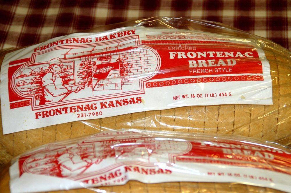 Frontenac Bakery: 211 N Crawford St, Frontenac, KS