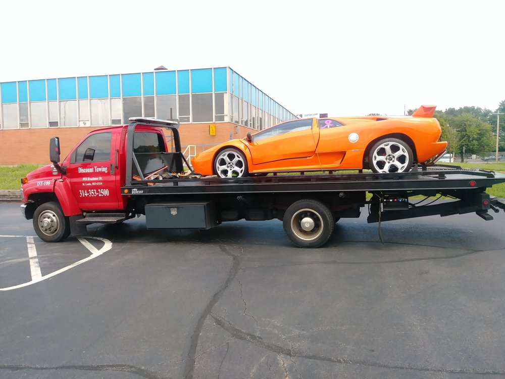 Discount Towing: 9910 Broadmoor Dr, St. Louis, MO