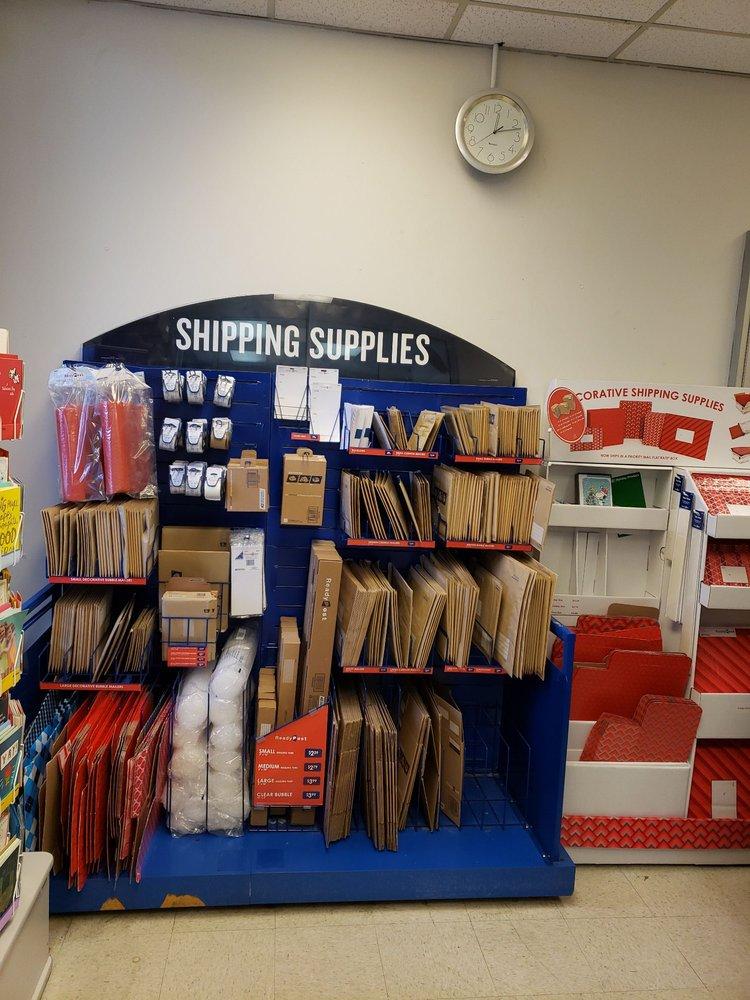 US Post Office: 3715 196th St SW, Lynnwood, WA