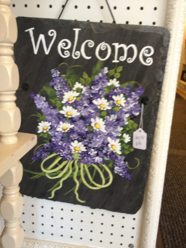 Chester Crafts & Collectibles: 26 Main St, Chester, NJ