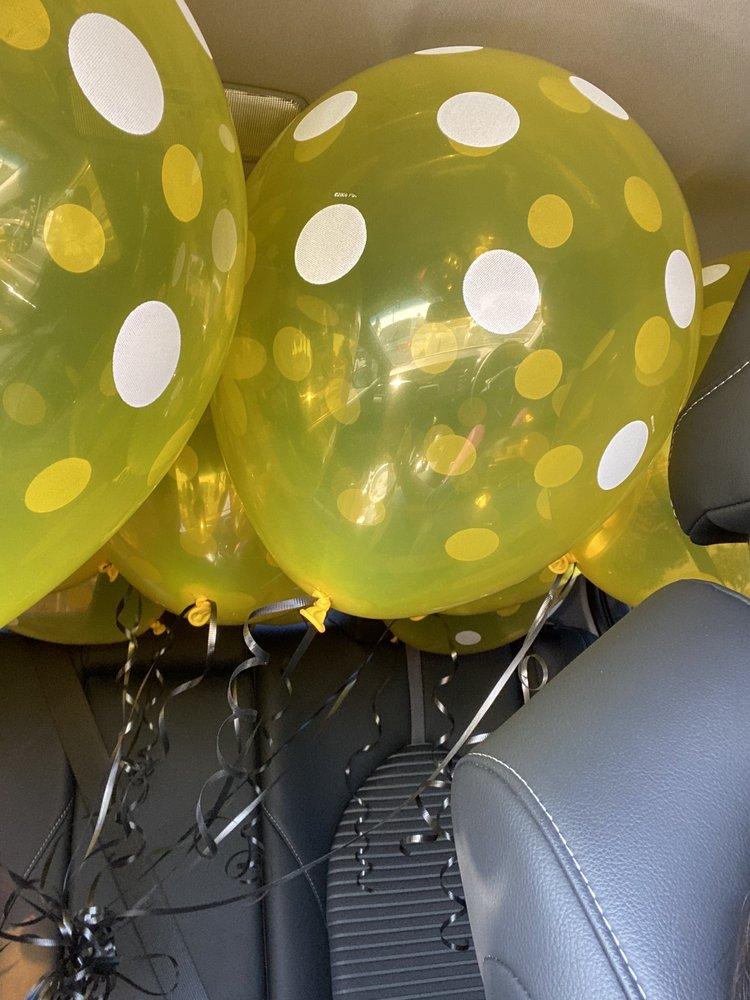 Decor Party Supplies - Closing 5/15 for retirement: 2052 W La Habra Blvd, La Habra, CA