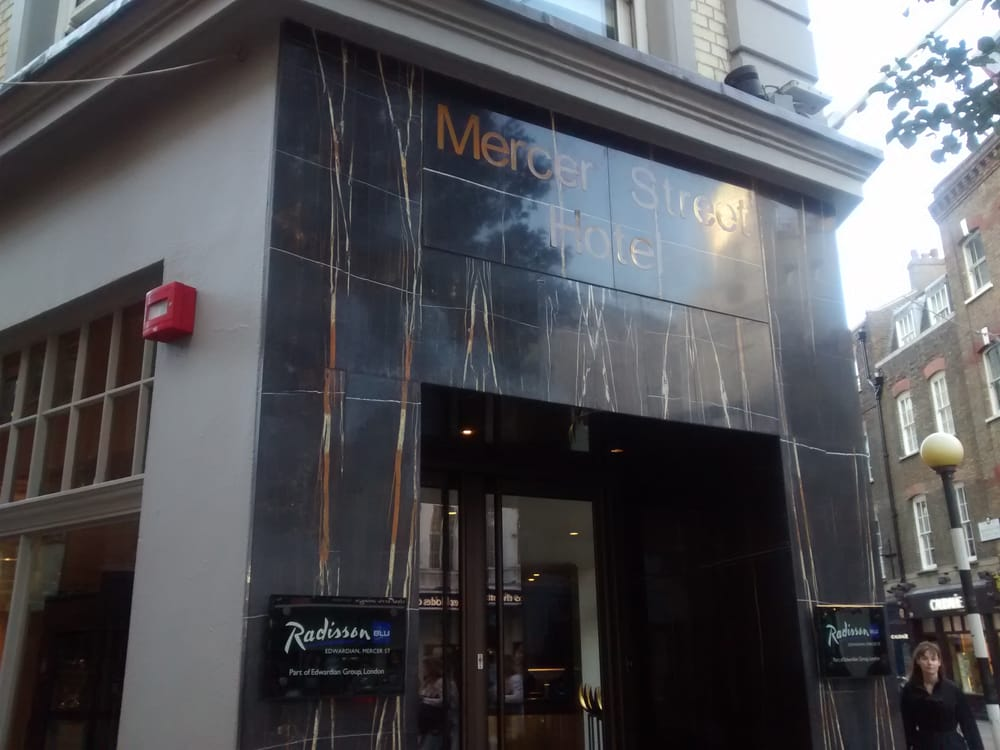 Radisson 12 Photos 15 Reviews Hotels 20 Mercer Street Covent Garden London United