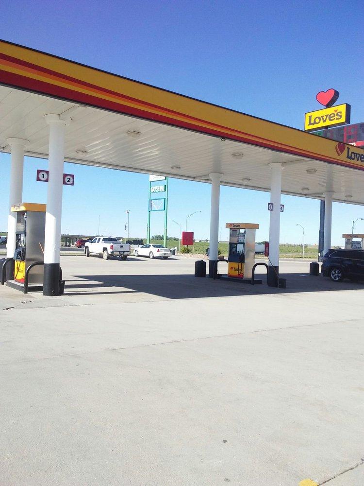 Love's Travel Stop: I-70 Exit 145, Ellis, KS