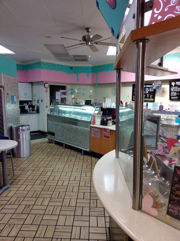 Photo of J's Ice Cream Parlor: Redding, CA