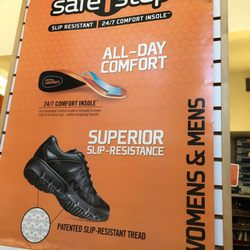 8ba888142f58 Payless ShoeSource - 16 Photos   36 Reviews - Shoe Stores - 934 ...