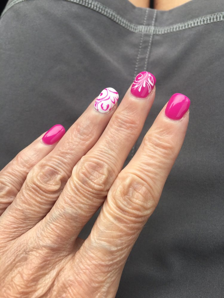 Nail Passion: 1032 S Commercial St, Neenah, WI