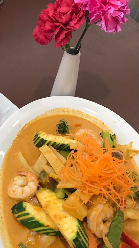 THAI Chili Pepper: 17669 N Dale Mabry Hwy, Lutz, FL