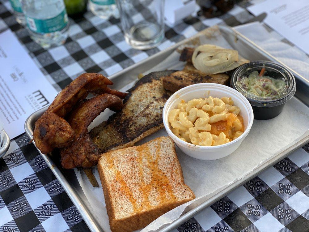 Lake & Oak Neighborhood BBQ: 2358 Hosea L Williams Dr NE, Atlanta, GA