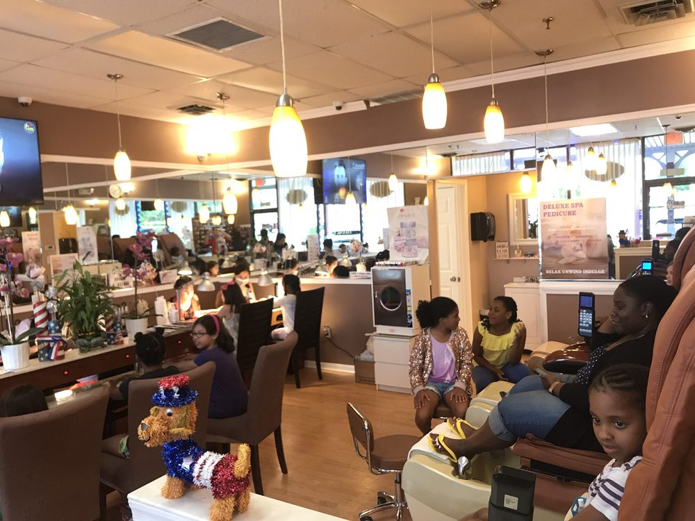 Grace Nails: 15422 New Hampshire Ave, Silver Spring, MD
