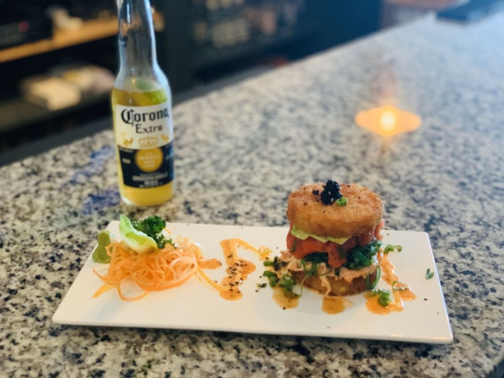 Nosh Restaurant & Bar: 3800 N Atlantic Ave, Cocoa Beach, FL