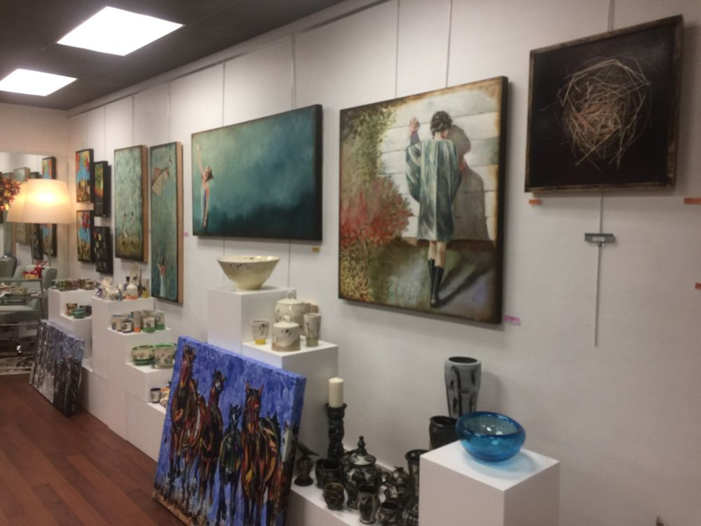 Taupe Gallery: 315 10th St, North Wilkesboro, NC