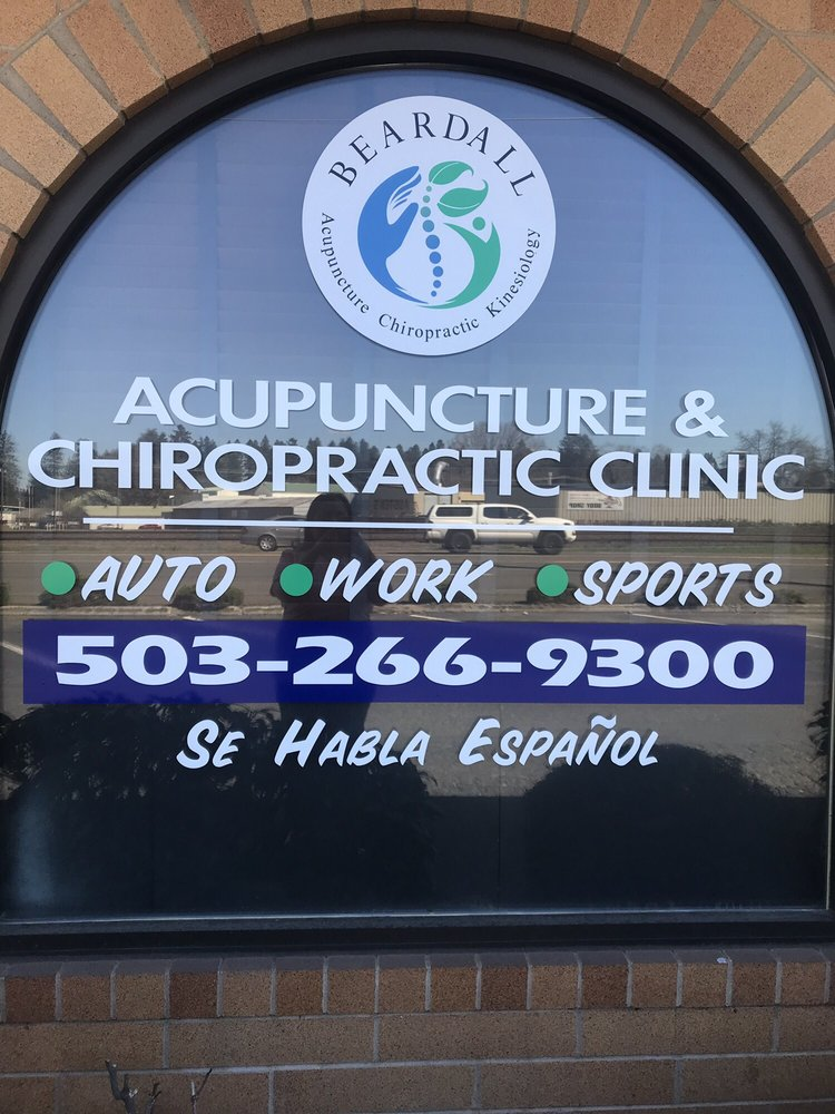 Beardall Acupuncture & Chiropractic Clinic: 725 SE 1st Ave, Canby, OR