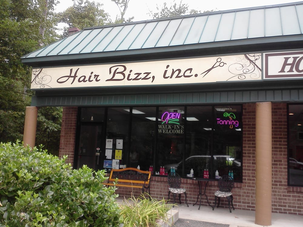 Hair Bizz: 5720 Deale Churchton Rd, Deale, MD