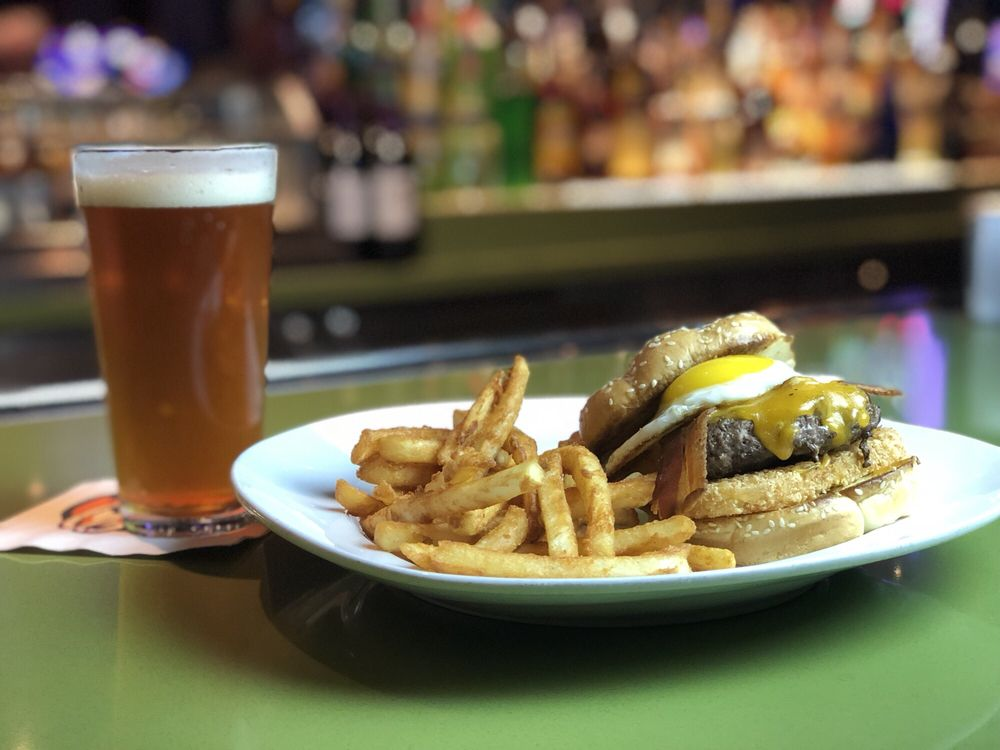 Silks Bar and Grill: 2705 Central Ave, Hot Springs, AR