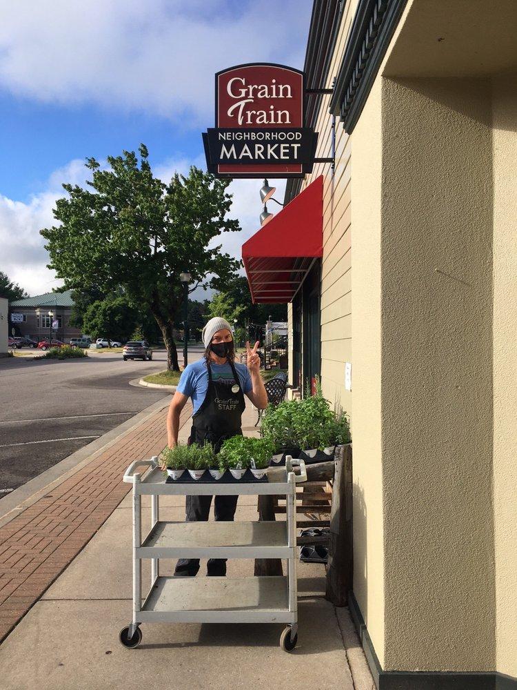 Grain Train Neighborhood Market: 104 S Park St, Boyne City, MI