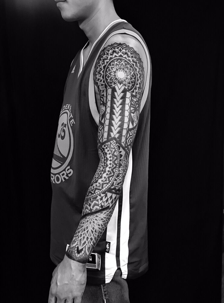 Geometric Tattoo Sleeve: Full Geometric Tattoo Sleeve By Oliver Kenton