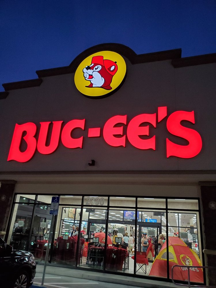 Buc-ee's: 2330 Gateway N Dr, Daytona Beach, FL
