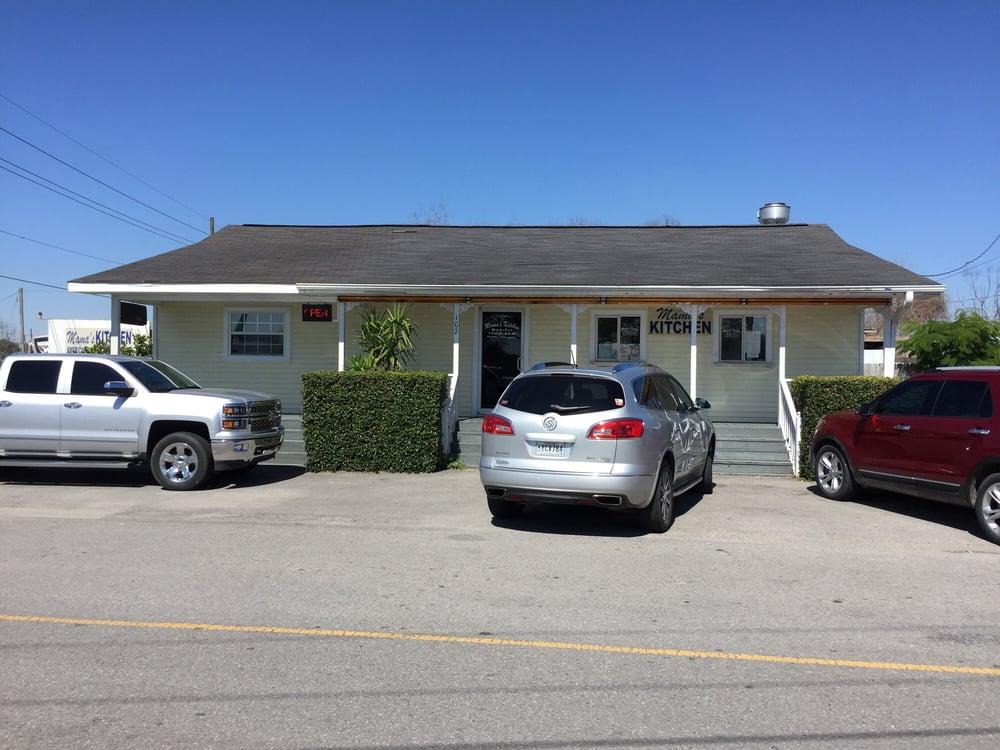Mama's Kitchen: 107 E 93rd St, Cut Off, LA