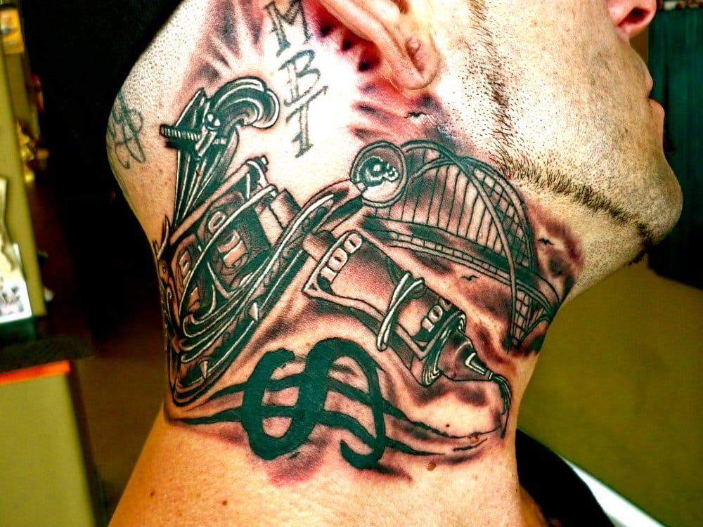 Photos For Lavish Tattoo