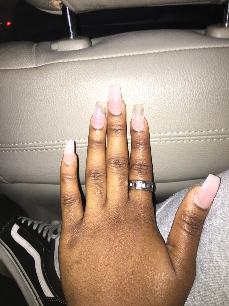 7 Day Nails