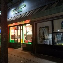 Photo Of Vito S Pizza Italian Restaurant Oakland Gardens Ny United States