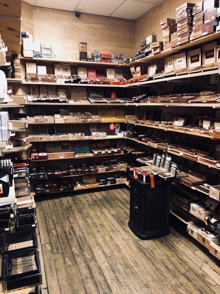 Route 7 Cigars: 521 E Market St, Leesburg, VA