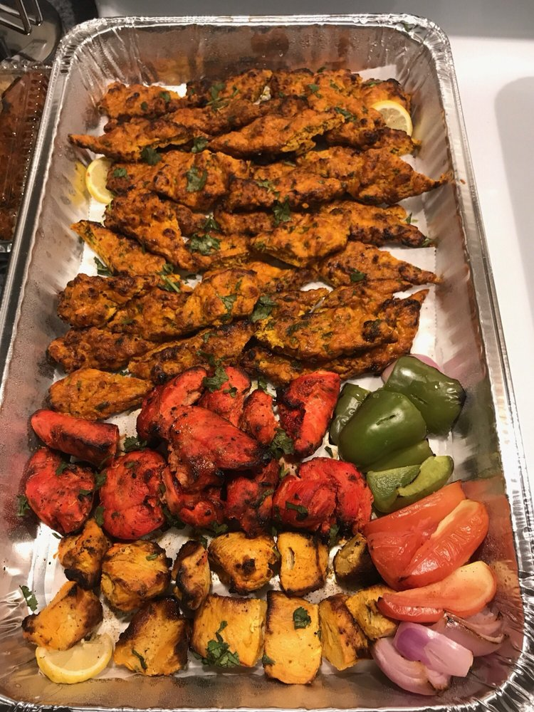Hasna's Afghan Fusion Cuisine: 625 Wolcott St, Waterbury, CT