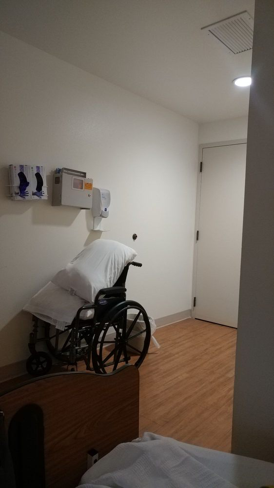 Siena Skilled Nursing & Rehabilitation Center: 11600 Education St, Auburn, CA