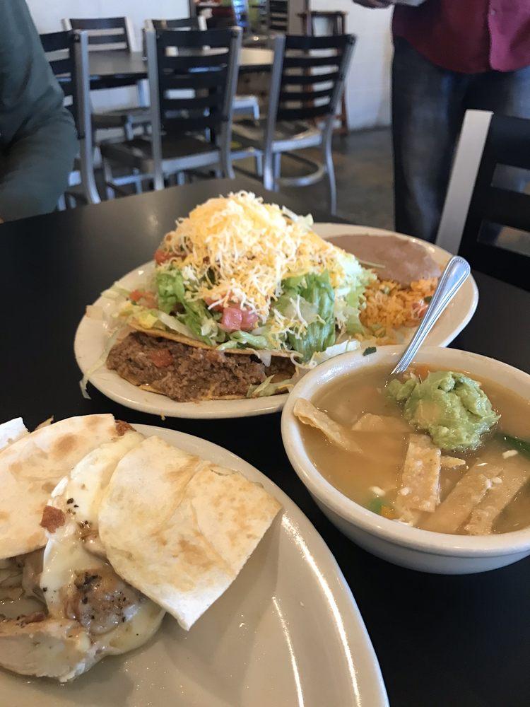 La Cabana Grill: 21103 W Hwy 71, Spicewood, TX