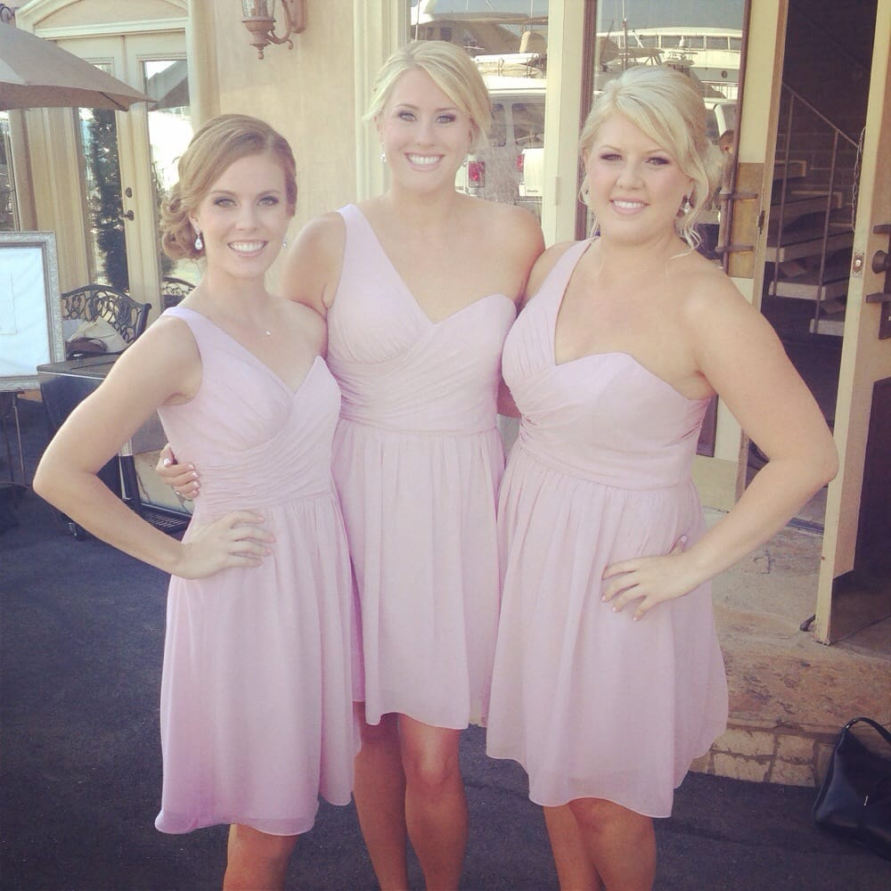 Beautiful Bridal Party At A Tustin Wedding Subtle Glow To Even