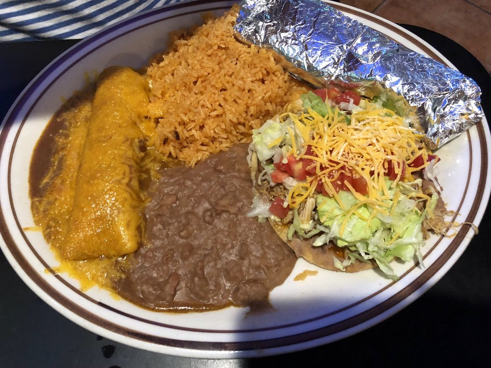 Lozano's Mexican Restaurant & Sports Bar