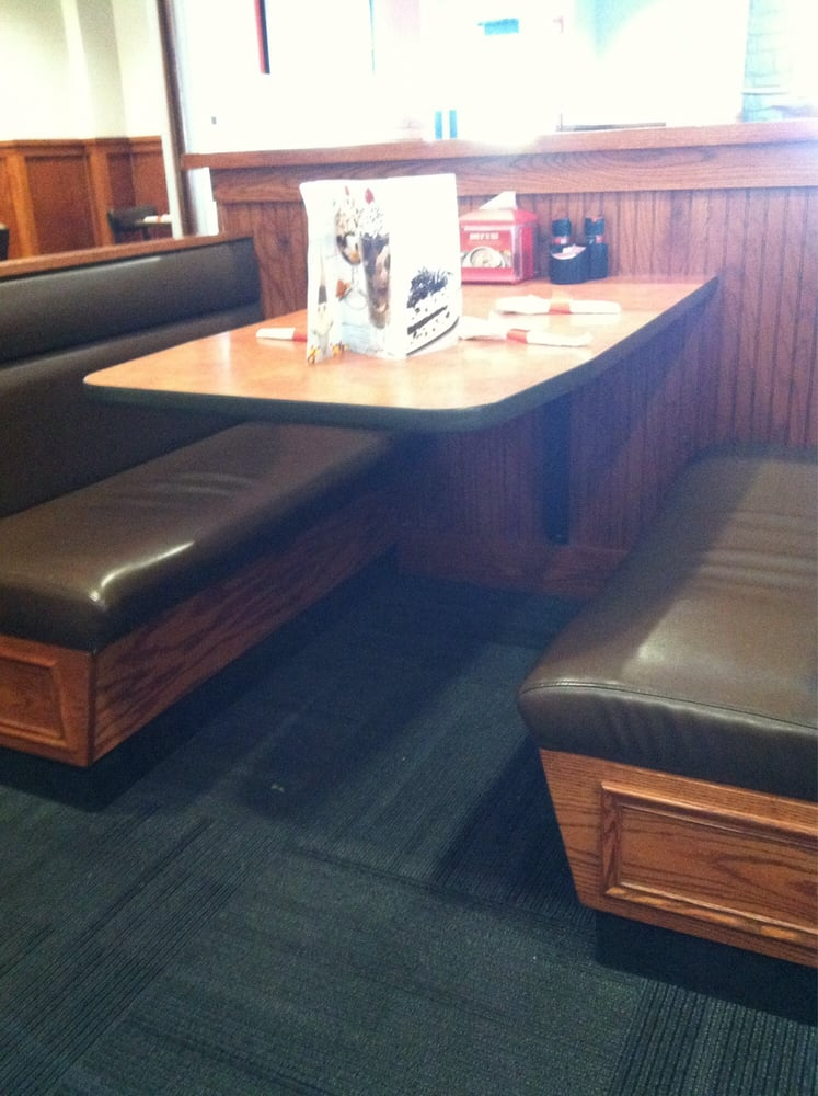 Spacious Comfortable Booth Or Table Seating Yelp - Booth or table