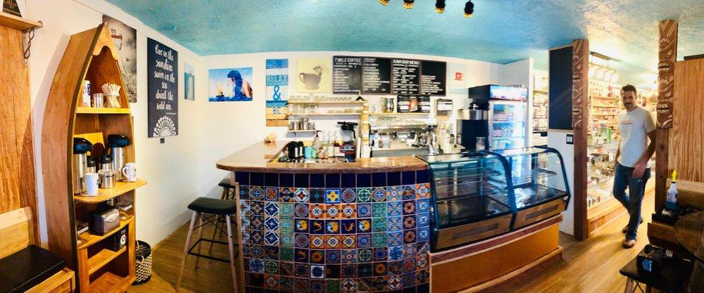 7 Mile Vapor Shop Cafe & Kava Bar: 30200 Overseas Hwy, Big Pine Key, FL