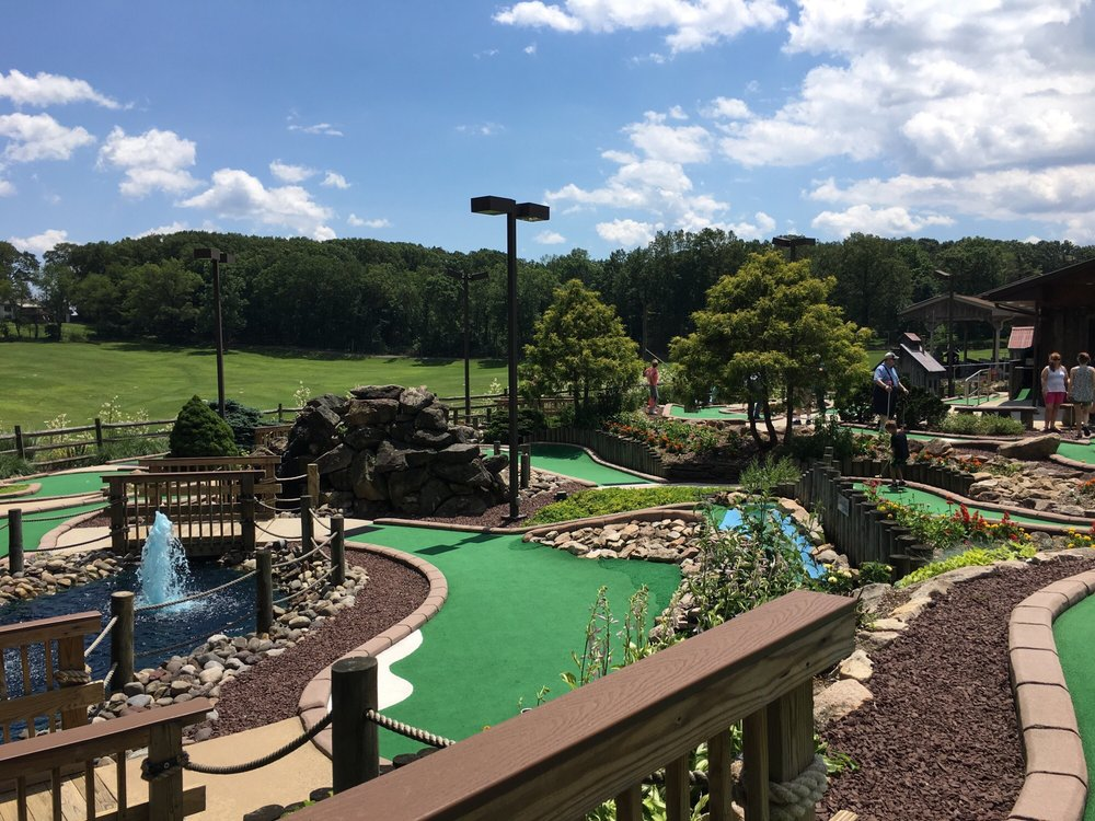 Gasser's Golf Driving Range: 3251 Pricetown Rd, Fleetwood, PA