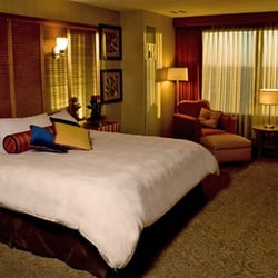Photo Of Isle Hotel Waterloo Ia United States Deluxe King