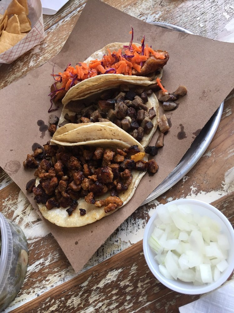 Al pastor lengua and fish tacos yelp for Fish taco bethesda md