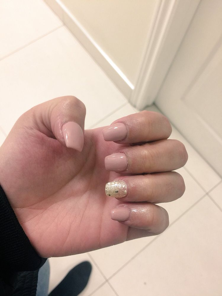 Tiff Nails