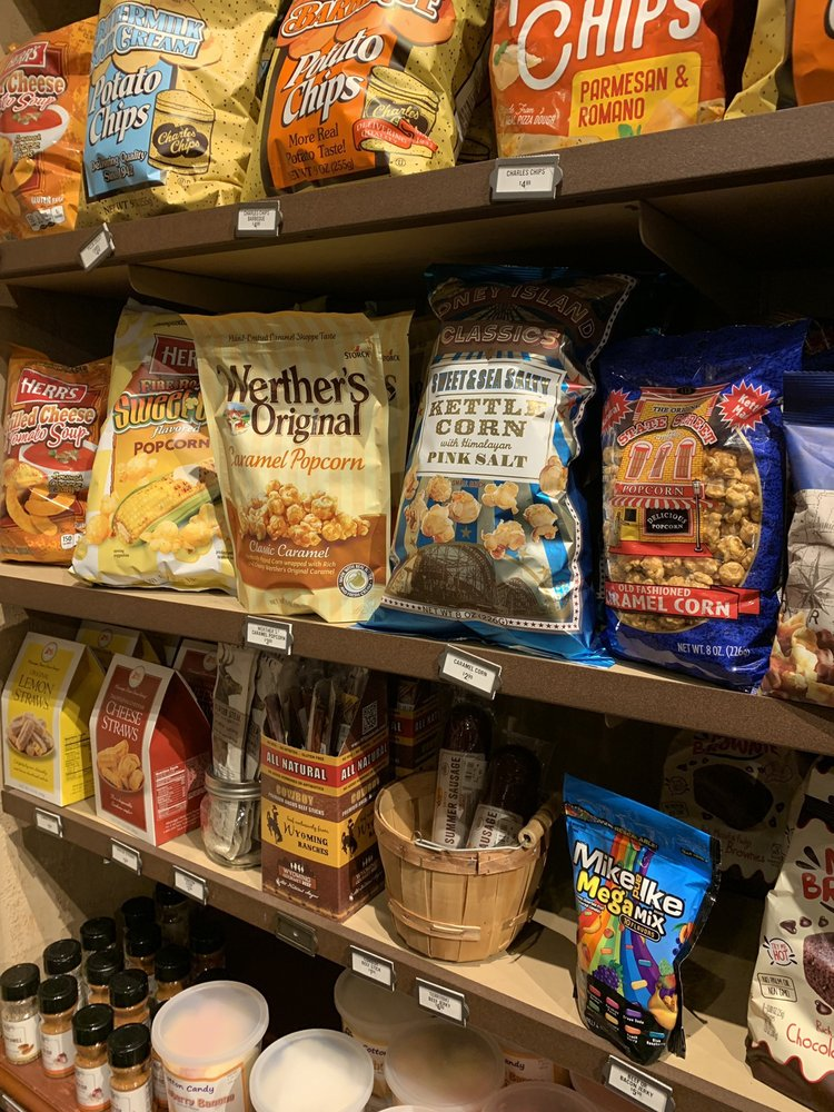 Cracker Barrel Old Country Store: 101 Taylor Dr, Gadsden, AL