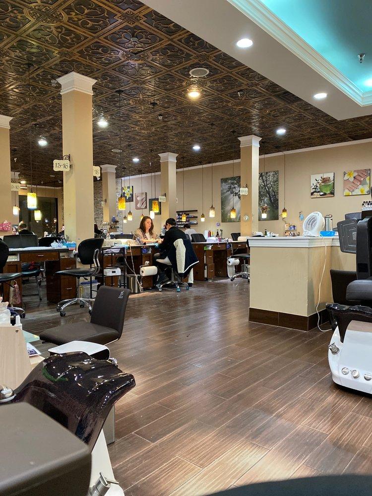 Best Nail Spa: 906 Erskine Plz, South Bend, IN