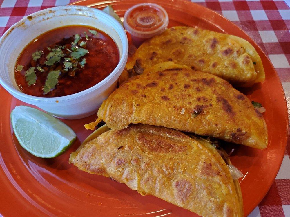 Good Bites & Grill: 3205 N University Dr, Nacogdoches, TX
